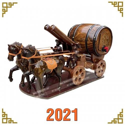 XE NGỰA ĐÔI KÉO BOM RƯỢU VANG 2021